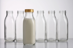 95293-425x282-Milk_Bottles