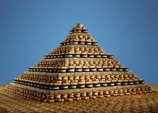 sam-kaplan-pits-pyramids-food-art-designboom-06